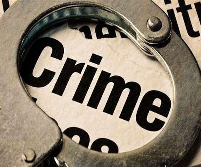 चरित्र पर शक होने पर पत्नी की गला घोंटकर हत्या,पति गिरफ्तार
