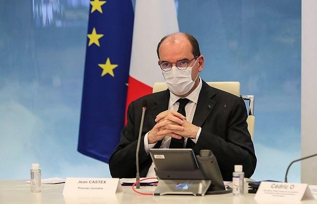 फ्रांसः घर से बाहर मास्क पहनने की अनिवार्यता खत्म, कोरोना कर्फ्यू भी हटेगा