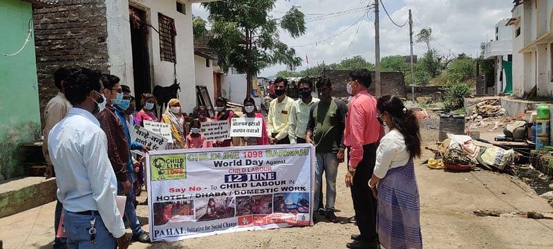 विश्व बाल श्रम निषेध दिवस पर हुए विभिन्न आयोजन