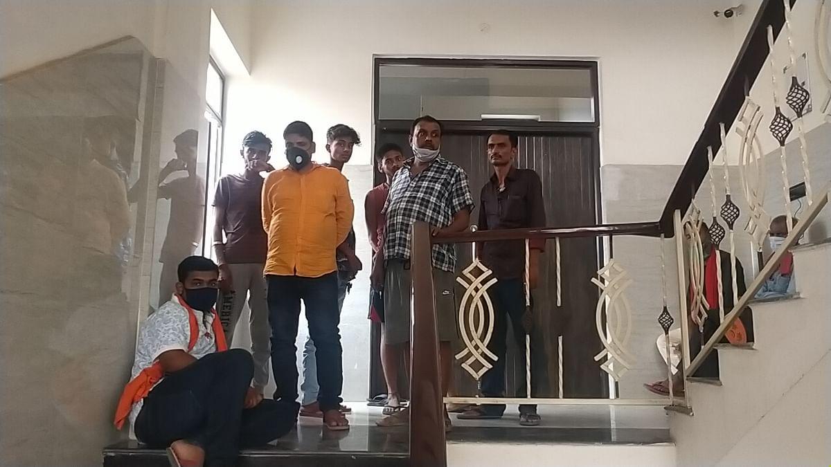 बेगूसराय में बदमाशों ने दिनदहाड़े नगर पार्षद को मारी गोली