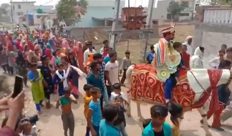 भिवानी में तीन सौ साल बाद घोड़ी पर सवार हुआ हेड़ी समाज का दूल्हा