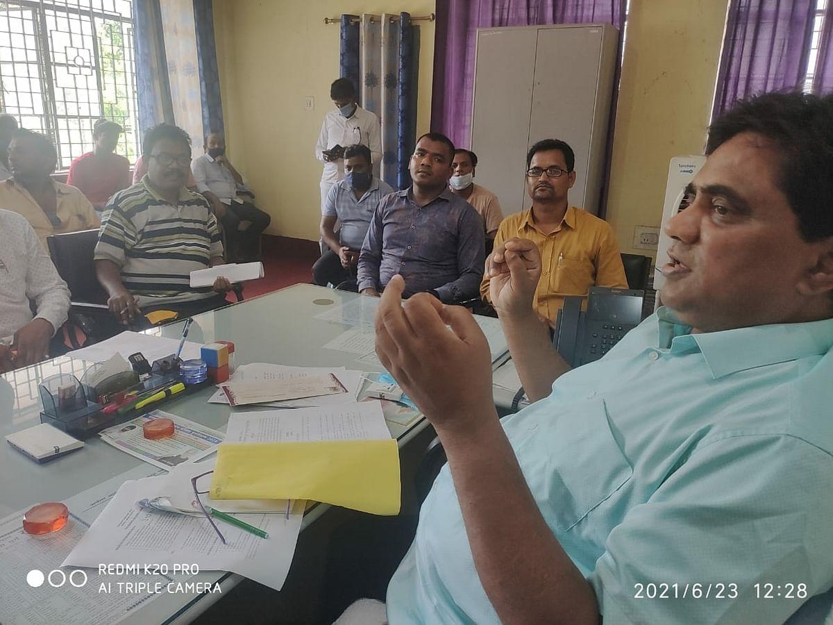 एसडीओ ने जनवितरण प्रणाली के दुकानदारों के साथ की बैठक, दिए निर्देश