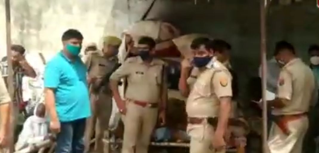 फिरोजाबाद: युवक की हत्या कर सर्राफ की दुकान में चोरी