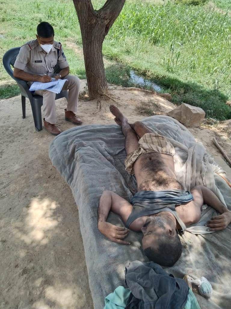 विकलांग की गला घोंटकर हत्या, खेत पर पड़ा मिला शव