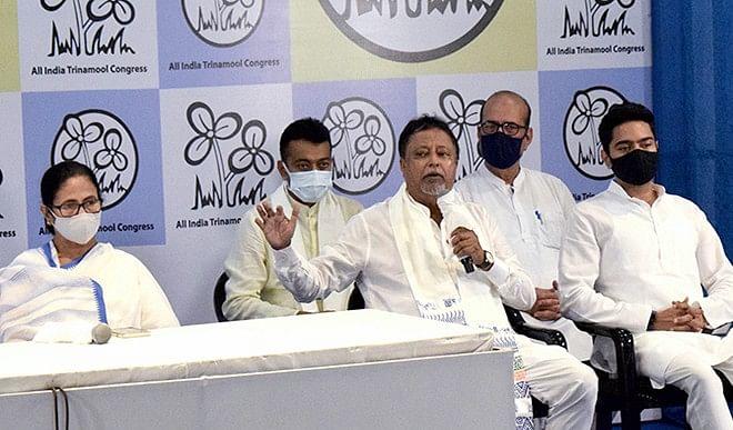 क्या भाजपा में अब तक तृणमूल कांग्रेस के एजेंट के रूप में कार्य कर रहे थे मुकुल रॉय ?