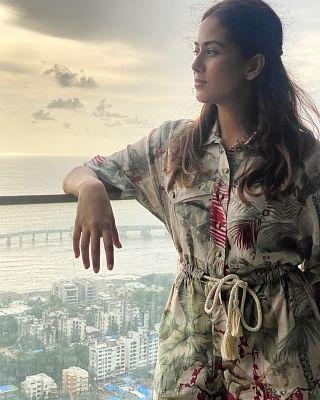मीरा कपूर की सूर्यास्त की तस्वीर ने सबको चकाचौंध किया