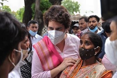 प्रियंका बोलीं, यूपी में जहां-जहां हिंसा हुई वहां के चुनाव रद्द करने को लेकर चुनाव आयोग को लिखेंगी पत्र