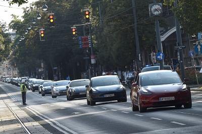 ईवीएस पारंपरिक कारों की तुलना में बहुत अधिक ग्रीनर : वैश्विक रिपोर्ट