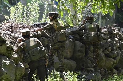 कश्मीर मुठभेड़ में मारे गए दूसरे आतंकवादी की हुई पहचान