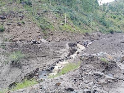 हिमाचल भूस्खलन : बचाव अभियान में 2 बीआरओ अधिकारियों की मौत