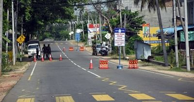 श्रीलंका में 50,000 से ज्यादा लोग क्वारंटीन कानूनों का उल्लंघन करने के आरोप में गिरफ्तार