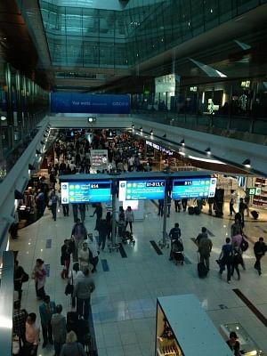 दुबई हवाईअड्डे पर यात्री विमानों की टक्कर, किसी के हताहत होने की खबर नहीं