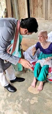 त्रिपुरा की 105 वर्षीय महिला का हुआ टीकाकरण, मुख्यमंत्री ने दी बधाई