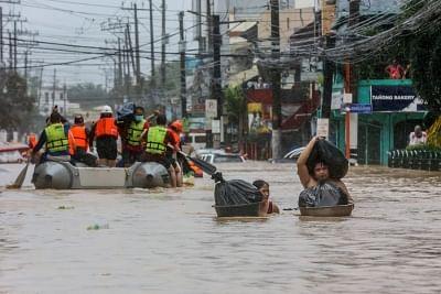 बाढ़ के खतरे के बीच फिलीपींस ने 15,000 से ज्यादा लोगों को बचाया