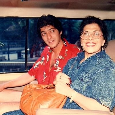 chunky-pandey-wrote-an-emotional-note-for-the-late-mother