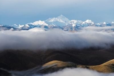 इस वसंत ऋतु में 457 पर्वतारोहियों ने एवरेस्ट पर की चढ़ाई