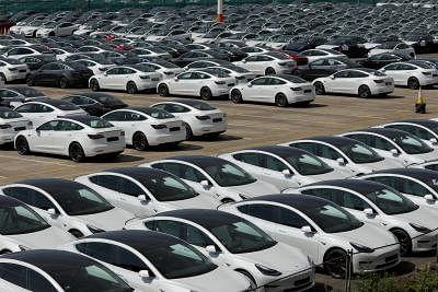 लॉकडाउन में ढील से जून में ऑटो बिक्री में वृद्धि देखने को मिली- इंड-रा