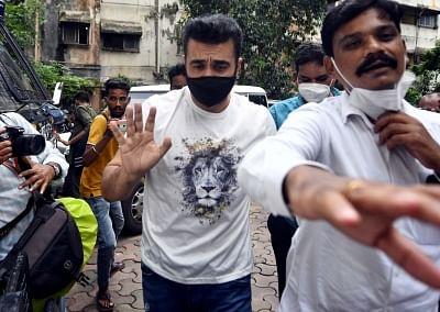 पोर्न मामला : कथित अवैध गिरफ्तारी याचिका पर कुंद्रा को हाईकोर्ट से नहीं मिली राहत
