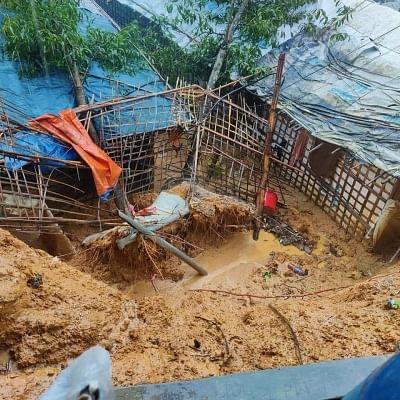 बांग्लादेश में बाढ़, भूस्खलन में 6 रोहिंग्या शरणार्थियों की मौत