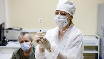 रूस में एक दिन में 23,239 नए कोविड संक्रमण के मामले सामने आए