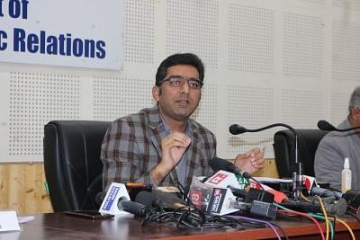 जम्मू-कश्मीर के आईएएस अधिकारी: सीबीआई ने उनके परिसर की तलाशी ली, कुछ भी आपत्तिजनक नहीं मिला