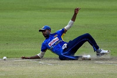 कोलंबो टी20 : श्रीलंका का टॉस जीतकर पहले गेंदबाजी का फैसला
