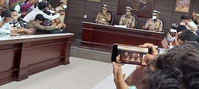 मुकुल गोयल ने संभाला डीजीपी का कार्यभार, बोले, सभी को सुरक्षा का अहसास दिलाना पुलिस की प्राथमिकता