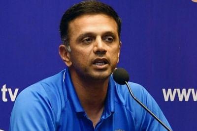 युवा खिलाड़ी भविष्य में बेहतर होंगे : द्रविड़