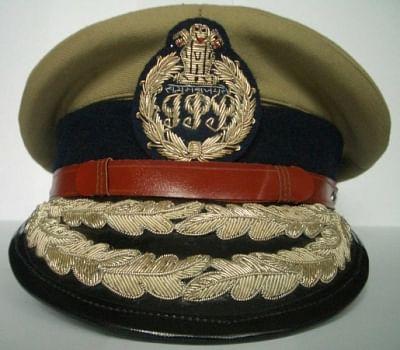 जम्मू-कश्मीर पुलिस के 13 सेवारत, 14 सेवानिवृत्त अधिकारियों को आईपीएस में शामिल करने की सिफारिश