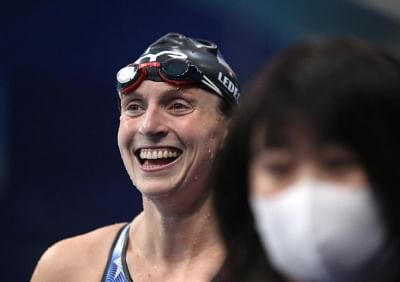 ओलंपिक (तैराकी) : ब्रिटेन ने विश्व रिकार्ड के साथ जीता मिश्रित 4गुणा100 मीटर मेडले रिले स्वर्ण
