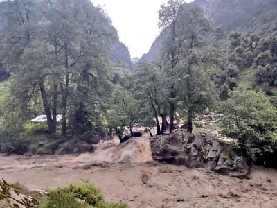 हिमाचल में आई बाढ़ में 9 की मौत, 7 लापता (लीड-2)
