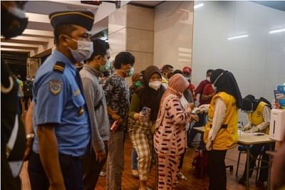 इंडोनेशिया में प्रवेश करने वाले विदेशियों को दिखाना होगा वैक्सीन कार्ड