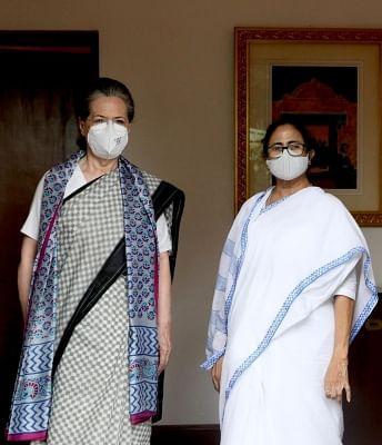 सोनिया गांधी से मुलाकात, ममता बोली लोकतंत्र बचाने के लिए चेहरा भी आ जाएगा