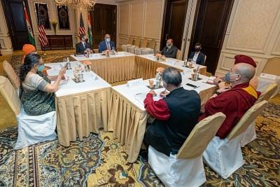 ब्लिंकन ने भारत यात्रा में सिविल सोसाइटी के नेताओं को संबोधित किया