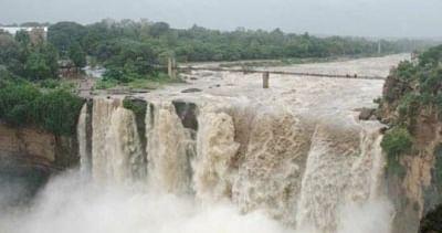 वीकेंड पर नंदी हिल्स, कर्नाटक में गोकक जलप्रपात में एंट्री बैन
