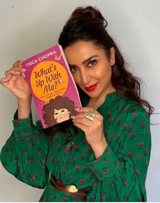 टिस्का चोपड़ा ने अपनी किताब व्हाट्स अप विद मी? को प्रमोट किया