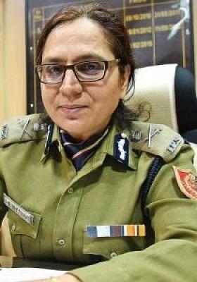 बंगाल को मिल सकती है पहली महिला डीजीपी