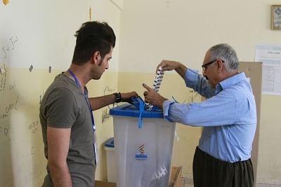 प्रमुख इराकी मौलवी ने अक्टूबर चुनाव के बहिष्कार के फैसले को पलटा