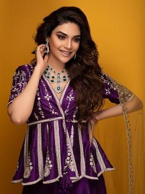 बड़े अच्छे लगते हैं 2 में प्रिया की बहन का किरदार निभाएंगी अंजुम फैख