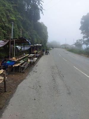 असम-मिजोरम के बीच राष्ट्रीय राजमार्ग पर अभी भी सुचारू नहीं हो सका परिवहन, व्यवसाय चौपट