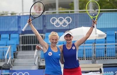 ओलंपिक (महिला टेनिस): बारबोरा-कतेरीना ने जीता महिला युगल स्वर्ण