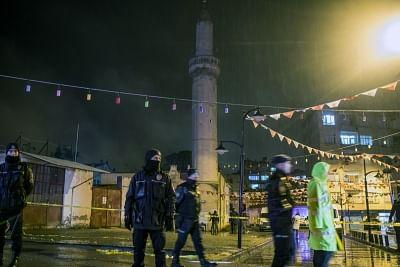 तुर्की ने 76 संदिग्धों को हिरासत में लिया, 4,122 कलाकृतियां जब्त कीं