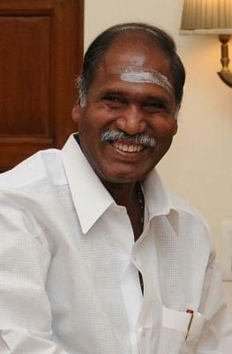 पुडुचेरी के मुख्यमंत्री रंगासामी ने ली कोरोना की पहली खुराक