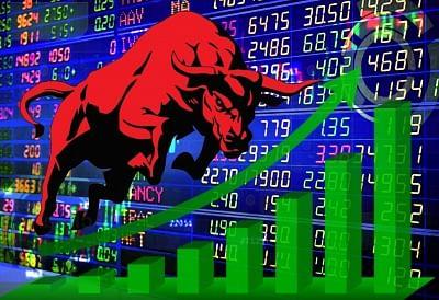नई ऊंचाइयों पर शेयर बाजार : सेंसेक्स 500 अंक चढ़ा, निफ्टी 16,800 के पार