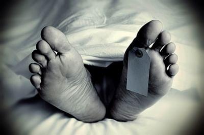 रहस्यमय हालत में यूपी की छात्रा की मौत, प्रिंसिपल पर मामला दर्ज