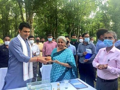 सीतारमण ने त्रिपुरा को और अधिक बाहरी सहायता प्राप्त परियोजनाओं का आश्वासन दिया