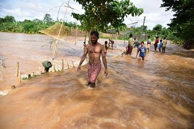 असम में बाढ़ से हालात बिगड़े, 2.26 लाख लोग प्रभावित