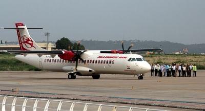 जुलाई में हवाई यात्री यातायात में सुधार जारी रही -आईसीआरए