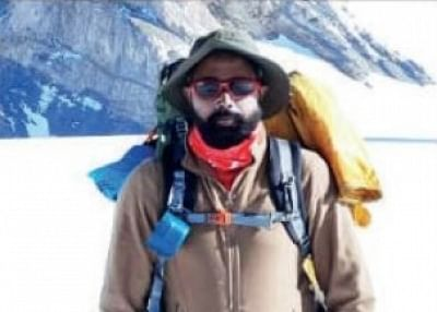 लखनऊ के बैंकर ने माउंट कुन को किया फतह, माउंट एवरेस्ट पर चढ़ने का लक्ष्य
