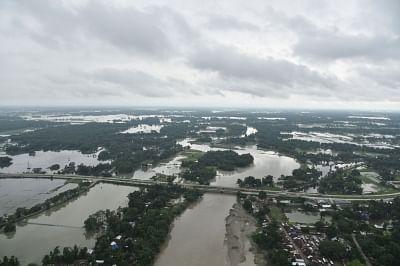 असम में बाढ़ से स्थिति बिगड़ी, करीब 1.33 लाख लोग प्रभावित